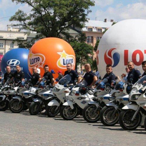 """Małopolscy policjanci zabezpieczali """"74 TOUR DE POLOGNE UCI WORLD TOUR"""""""